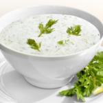 Йогуртовый суп с чесноком
