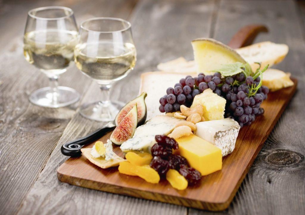 Сыр блюдо французской кухни