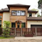 Современный дом расположен в Юрмале, район Дзинтари. с включенным питанием