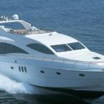 Чартер Majesty 88ft + экипаж, услуги VIP-класса, питание