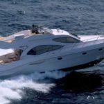 Чартер Majesty 44ft + экипаж, услуги VIP-класса, питание