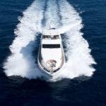 Чартер Majesty 101ft + экипаж, услуги VIP-класса, питание