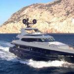 Чартер Mondomarine 41 + экипаж, услуги VIP-класса, питание