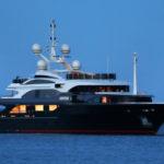 Чартер Benetti ULYSSES + экипаж, услуги VIP-класса, питание